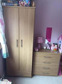Oak Effect wardrobe and drawers