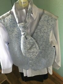 Boys Wedding Suit - WHITE & BLUE - Size 8 years old - NEW - never used