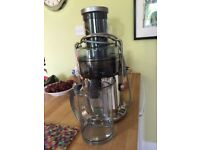 Sage by Heston Blumanthal Nutri Juicer. As new, hardly used.