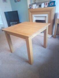 Solid oak table, excellent condition
