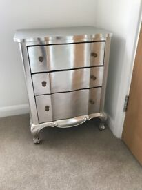 Silver Chest of Drawers in excellent condition