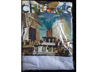 Chicago Mens V Neck T Shirt USA Designer Top medium size brand new summer
