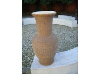 VERY TALL PLANT POT / VASE 31 INCH TALL ROPE DESIGN ON OUTSIDE ONLY £15 FOR QUICK SALE