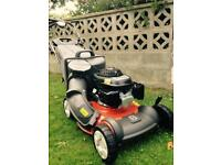 Husqvarna R152SVH lawnmower