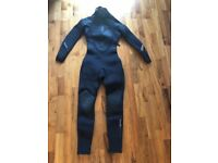 Fourth Element Wetsuit 5mm, Ladies, Size UK8