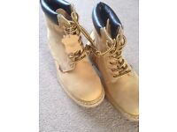 Leather Boots as new size 7