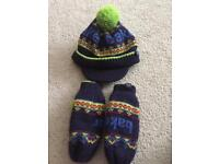 Ted baker boys hat and glove set 7/10 years