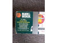 BOXD BLACK DECKER HEDGE TRIMMER