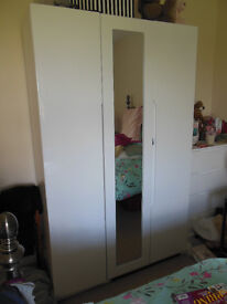 Great Condition White Gloss Triple Wardrobe & chest of drawers