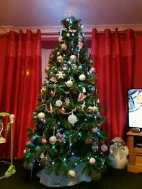 8ft Christmas tree great condition