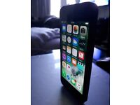 iPhone 5 black & white for sale 16gb and unlocked to any network