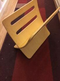 Retro wooden magazine rack