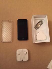 Iphone 5S 16GB On O2, Tesco, Gifgaff + Complete Boxed With Case