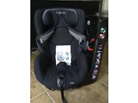 Maxi Cosi Axiss Swivel Car Seat £60 Each