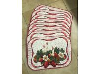 8 Padded Table Mats