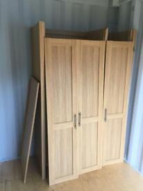 Triple wardrobe - Good condition