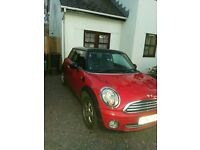 Mini hatchback red with black roof 2009 automatic 62000mls full service history MOT March 2017 £5500