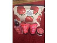 Strawberry Bodycare Set