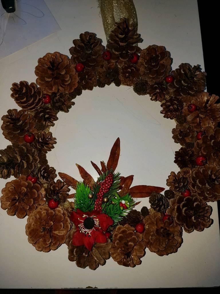 HANDMADE CHRISTMAS CONE WREATH STUNNING