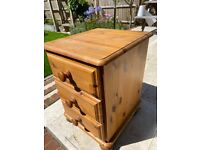 Pine Small bedside chest of drawers