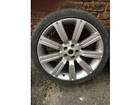 "alloy wheels 22"" X 10J Stormer Type with tyres Of Range Rover 3"
