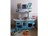 ELC wooden kitchen with accessories
