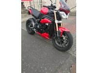 TRIUMPH SPEED TRIPLE 1050