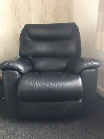 x2 black leather laZboy rocker recliner chair