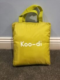 Koo-di 80 x 50 x 58 cm Pop Up Travel Bassinette (Lime/ Lemon) - £10