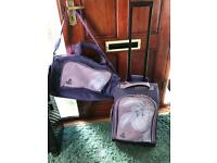 Eeyor luggage trolly and matching holdall