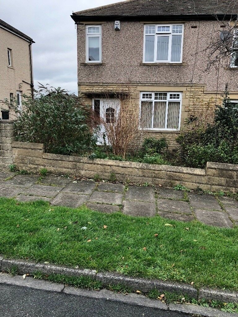 3 bedroom house to rent border of clayton in bradford west yorkshire gumtree