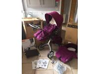 Stokke Xplory V3 in purple with extras