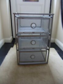Drawers, Mesh metal drawers, good condition