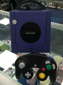 GAMECUBE CONSOLE WITH CONTROLLER AND CABLES- FULLY WORKING