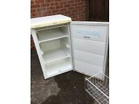 FREEZER FOR SALE - MOVING HOUSE