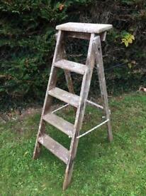 Vintage Wooden 4 Rung Ladder Wedding Home Garden Shop Display