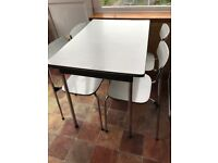 RETRO TAVO KITCHEN DINING TABLE AND 4 CHAIRS