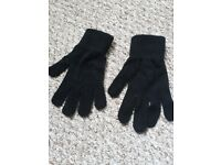 Thin Black Gloves (Female) - could be used as undergarment/liners