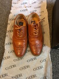 Kids leather brogues size 11 worn for one hour