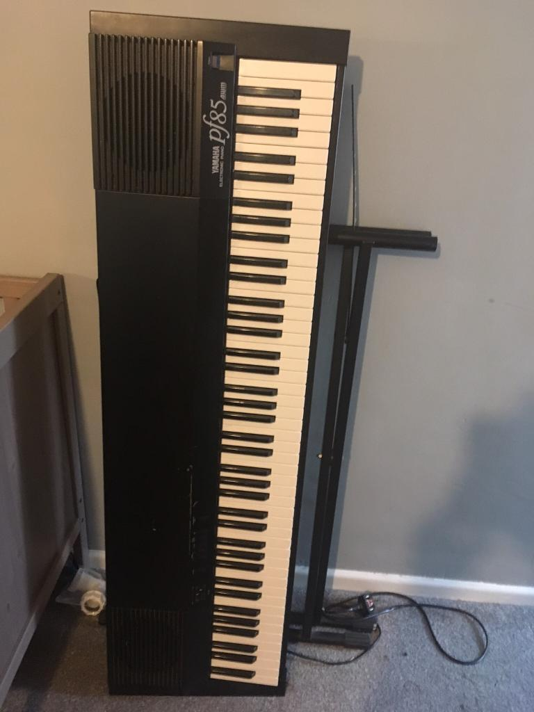 yamaha pf85 electric piano keyboard in waterlooville. Black Bedroom Furniture Sets. Home Design Ideas