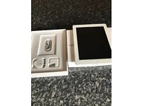 Ipad 4, charger, 16gb and box, excellent condition