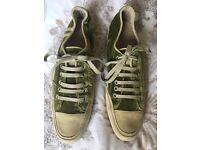 Women's velvet trainers. Beautiful Emma Hope olive green trainers. Size 39.5. Good condition.