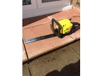 McCulloch Petrol Hedge trimmer