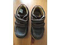 Boy Clarks Boots 5.5F