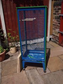 Indoor cage for small animals - ideal for Degus.