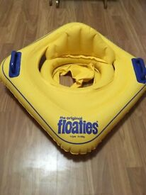 inflatable swimming float suitable for babies 1 - 2 years 11 - 15kg