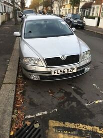 Skoda Octavia mk2 driving perfect