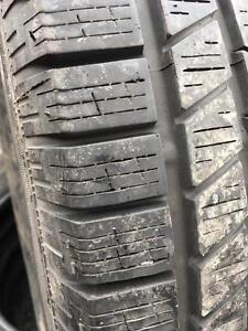 235/70/16 Pirelli hiver 8/32