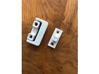 Yale window locks, white, v-8k101lk-we, used, no keys