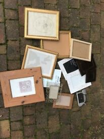 Different types and sizes of picture frames